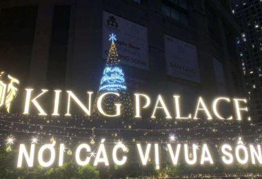 Thiết kế thi công cây thông Giáng sinh khu chung cư King Palace